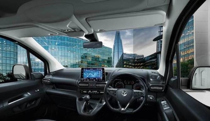 Vauxhall Combo Van Cockpit